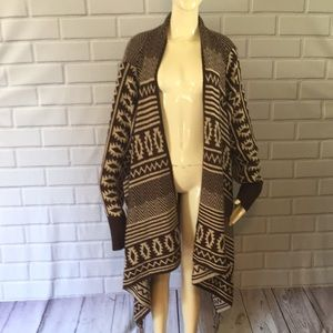 🎉NEW LISTING!🎉Maurices cardigan